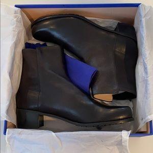 Stuart Weitzman Easyon Reserve Leather Booties